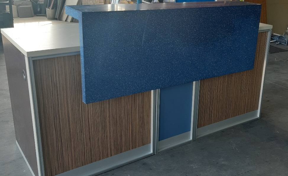 RECEPTION COUNTER - brown - blue