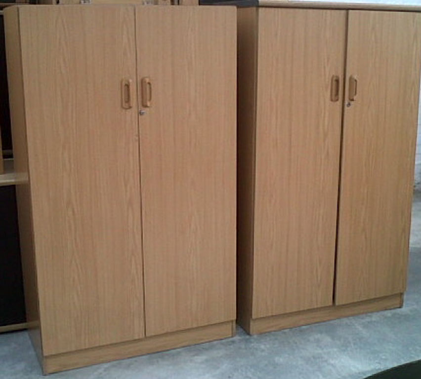 Cupboards - 2 door oak