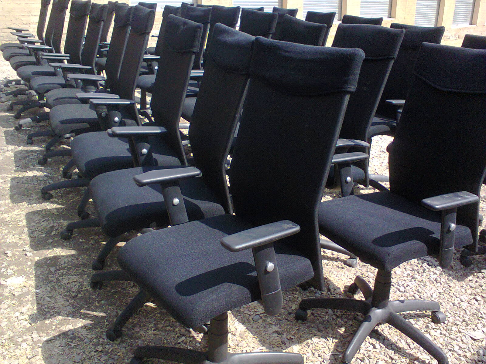 CHAIRS - SWIVEL HIGH BACK EXEC CHAIRS