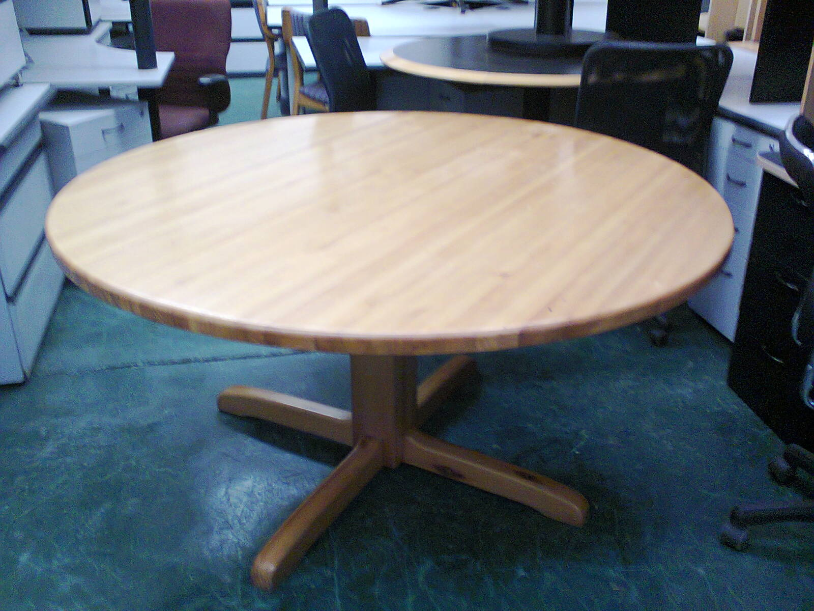 Boardroom - Round Conference Tables